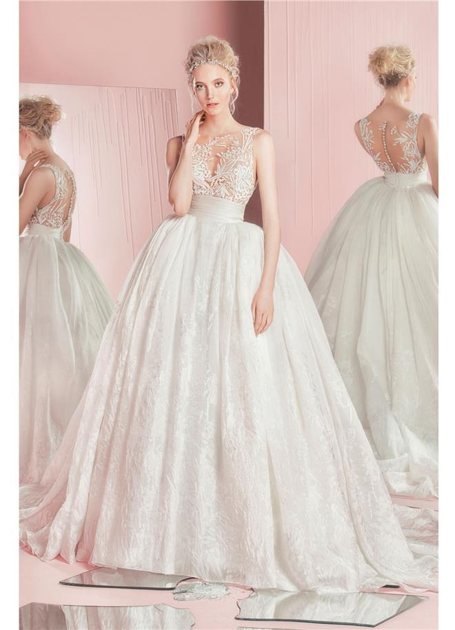 Výstavy Nebeské svadobné šaty z kolekcie Zuhair Murad 2016  52078b33710