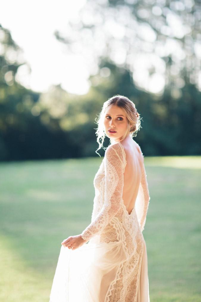 cce5470d9148 Svadobné šaty ako utkané z jemných pavučiniek