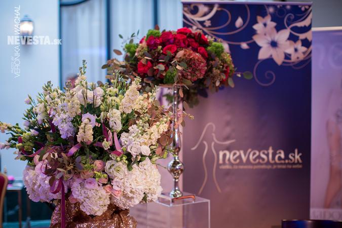 Pozornosti návštevníčok nemohli uniknúť ani krásne a luxusné svadobné šaty  z najnovších kolekcií 7097ac65078