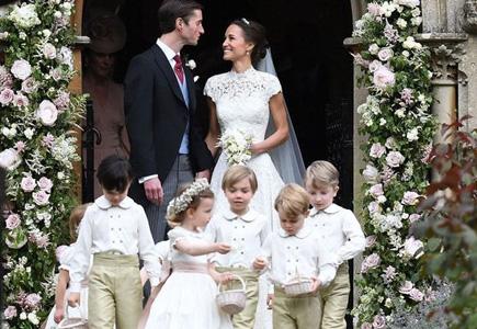 7a10cc23d951 Ak sa aj mnohé celebritné páry snažili svoju svadbu udržať v tajnosti
