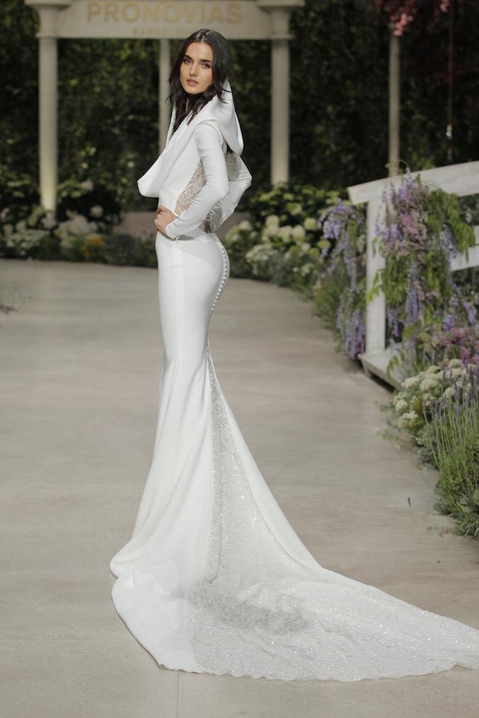 b54cc94cc092 Svadobné šaty Pronovias Fashion Show  Atmosféra je vždy očarujúca ...