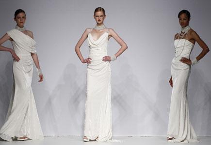 a682a57749c0 Články Svadobné šaty  Cymbeline 2012