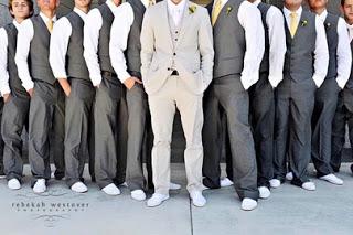 Výstavy Ako sa obliecť na svadbu  Inšpirácie pre mužov  ea9417f5526